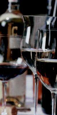 Плодово-ягодные и виноградные вина получают путем сбраживания сока...